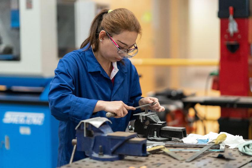 ROCSAN STUDIES MECHANICAL ENGINEERING AT UNITEC (PHOTO: YUKI ZHANG)